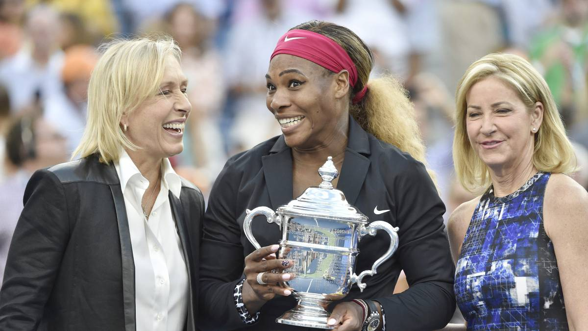 Serena Williams, entre Martina Navratilova y Chris Evert.