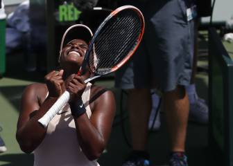 Stephens cracks world top 10 with Miami semi-final run