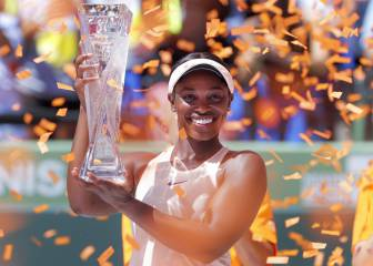 Stephens overcomes nerves and Ostapenko to lift Miami title