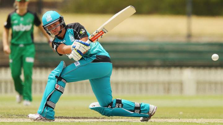 Ashleigh Barty, durante un partido de cricket con Brisbane Heat.