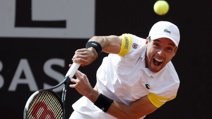 Roberto Bautista serves during his match against Tommy Paul at the 1,000 Masters in Rome.