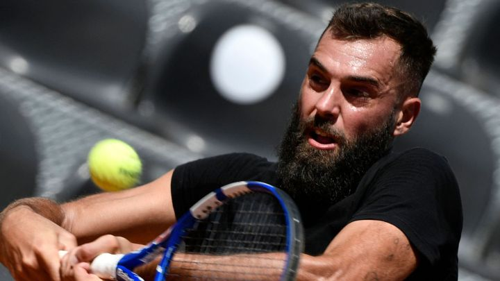 Benoit Paire returns a ball during his match against Stefano Travaglia at the 1000 Masters in Rome.