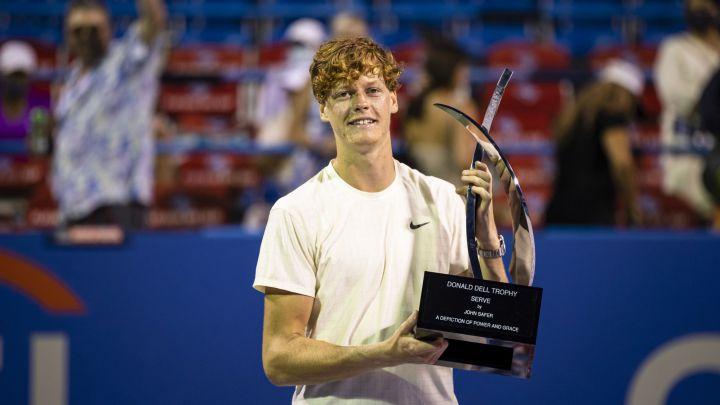 El italiano Jannik Sinner logra su tercer título profesional tras vencer en tres en la final al estadounidense Mackienze McDonald.