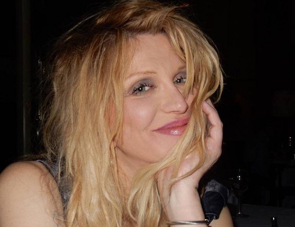 Courtney Love fue expulsada de una fiesta en Coachella