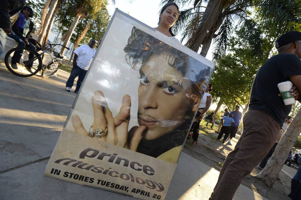 National Enquirer: Prince fue diagnosticado de SIDA