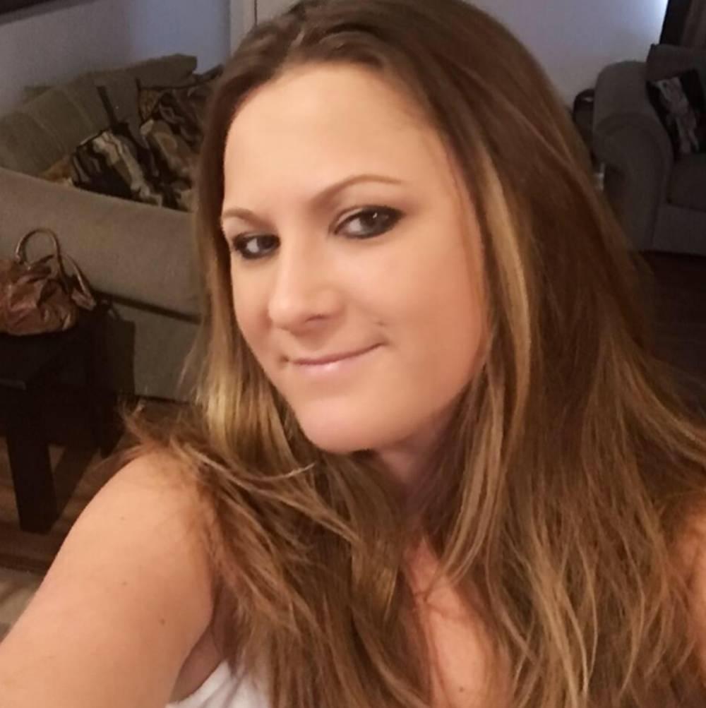 Una chica reduce su jornada laboral para dar el pecho a su novio - AS.com