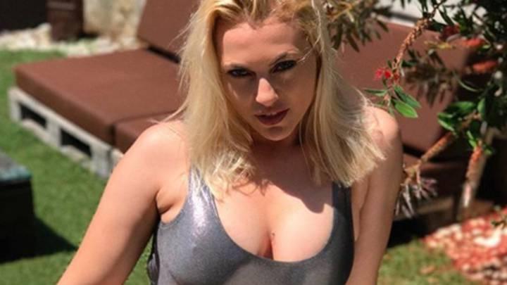 Daniela Blume También Se Desnuda En Instagram Ascom