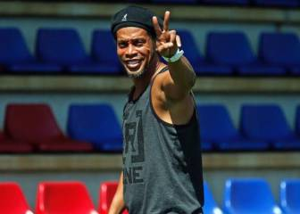Ronaldinho to wed two women at once in Rio de Janeiro in August