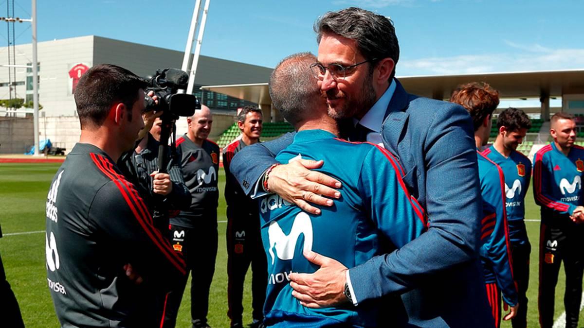 El exministro de Cultura y Deporte Màxim Huerta será el enlace entre el vestuario y el club al haber sido nombrado hoy responsable de Relaciones Institucionales y Deportivas del primer equipo. El Barcelona ha informado de que Huertas compaginará su nuevo