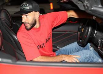 Benzema enseña la 'tableta' a sus haters
