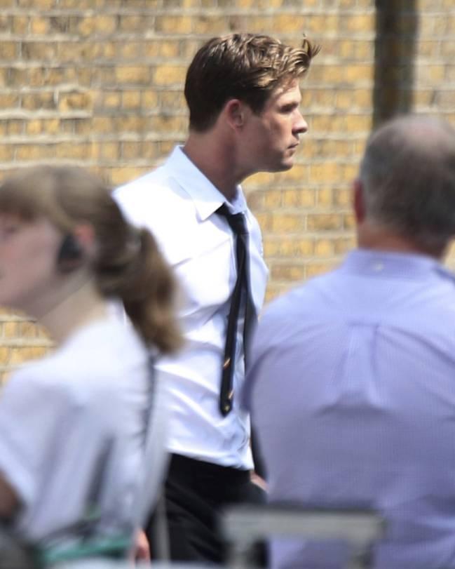 Chris Hemsworth en pleno rodaje de Men in Black en Londres.