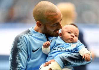 David Silva shows off son Mateo to City fans in first home game