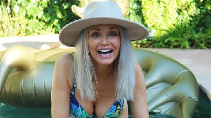 SI Swimsuit 2020: Kathy Jacobs, modelo de 56 años, opta a