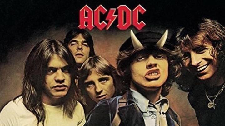 Se cumplen 40 años sin Bon Scott, el mítico vocalista de AC/DC - AS.com