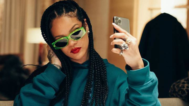 Rihanna's wealth surpasses the likes of Mick Jagger & Elton John