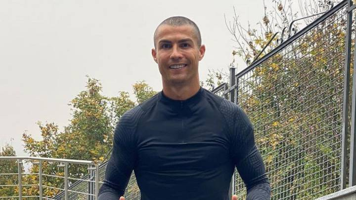 Cristiano shows off new close-crop haircut during Covid-19 quarantine