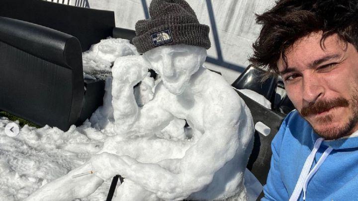 """El muñeco de nieve de Cepeda causa sensación: """"El mundo ha perdido un gran escultor"""""""