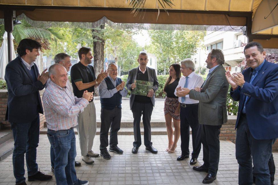 Manolete durante el homenaje que el Diario As le ha hecho por su jubilación.