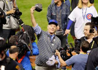 Actor Bill Murray celebra la 'maravillosa' victoria de los Cubs