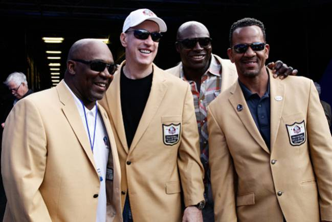 Vaya cuatro miembros del Hall of Fame para los Buffalo Bills, compuesto por Thurman Thomas, Jim Kelly, Bruce Smith y Andre Reed.