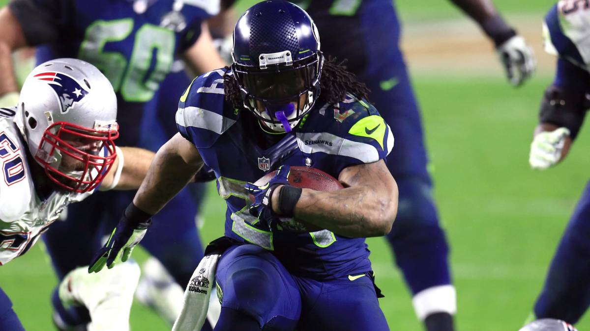 Los Raiders quieren fichar a Marshawn Lynch.