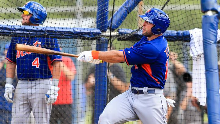 Los Mets promueven a Tim Tebow a Clase-A alta