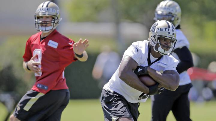 Adrian Peterson entrenando con los New Orleans Saints