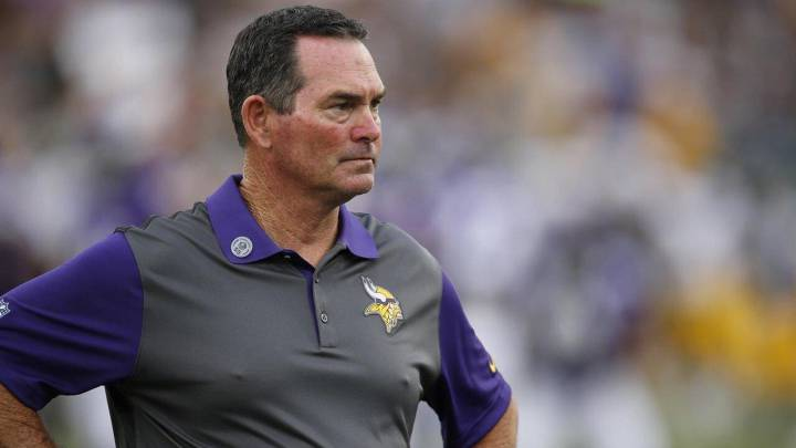 Mike Zimmer, head coach de los Vikings.