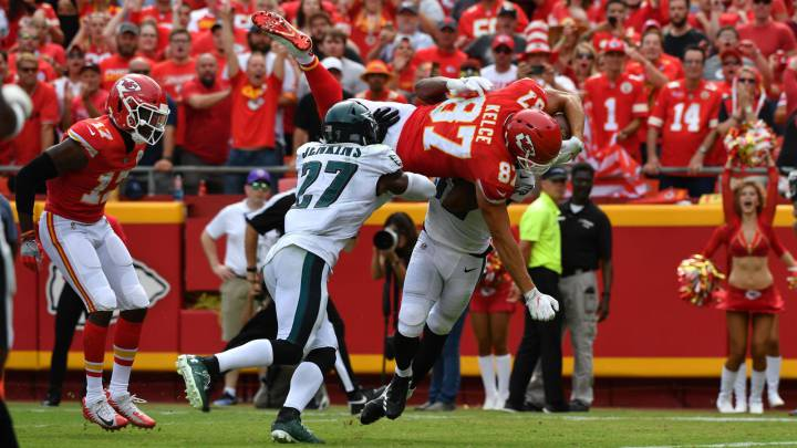El show de Travis Kelce decide un maravilloso Chiefs - Eagles