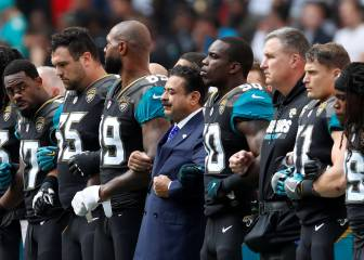 Jaguars and Ravens kneel for anthem in first match after Trump ramps up NFL feud
