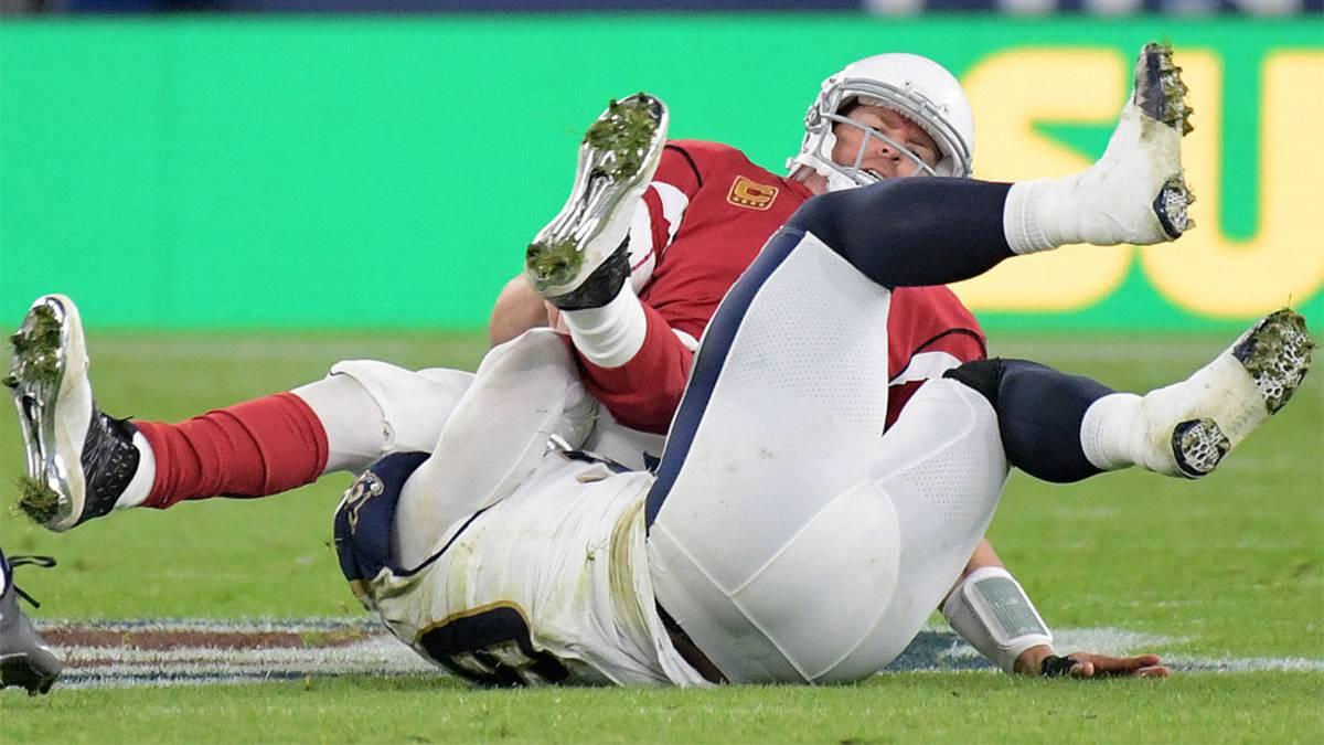 El veterano quarterback se rompió el brazo en el último partido y se perderá lo que resta de temporada, y ya se especula con su retirada definitiva.
