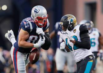 Barry Church es multado por golpe a Rob Gronkwoski