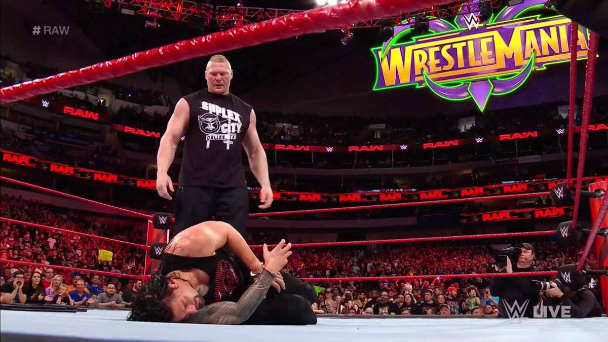 Brock Lesnar destrozó a Roman Reigns en su regreso a RAW