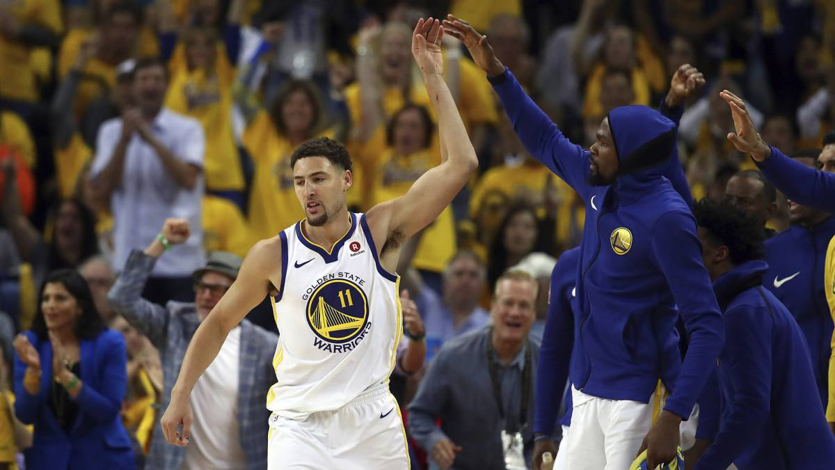 Klay Thompson y Kevin Durant, de Golden State Warriros