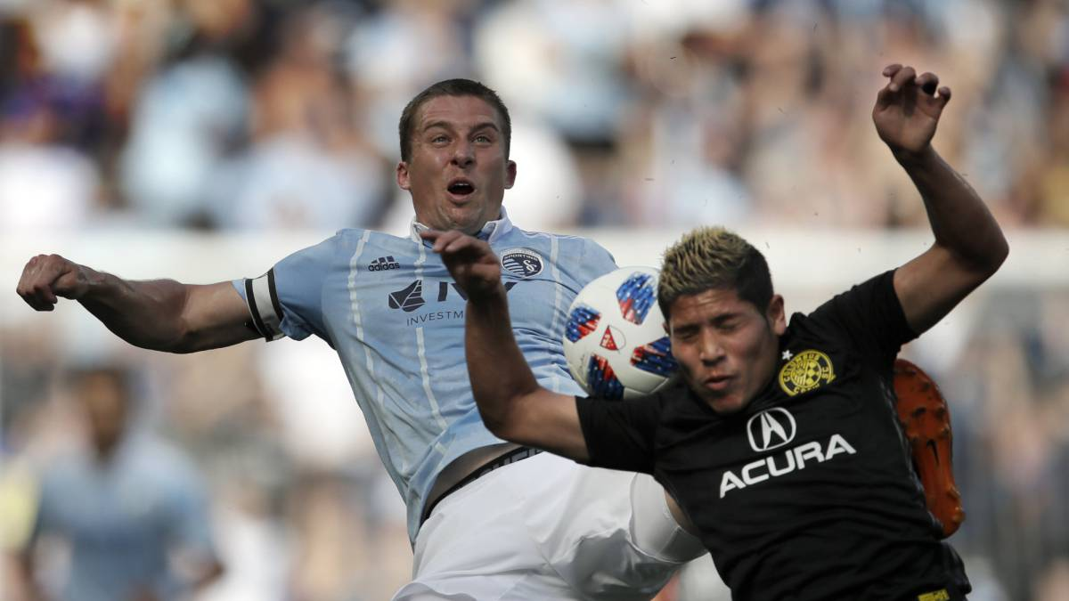 Sporting Kansas City no pudo ante un Columbus Crew con 10