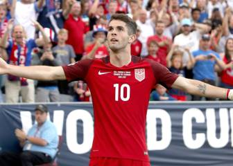 LeBron James le entrega otro regalo a Christian Pulisic