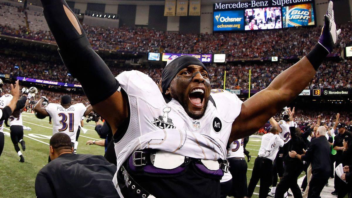 Ray Lewis, celebrando la victoria de Ravens en el Super Bowl XLVII