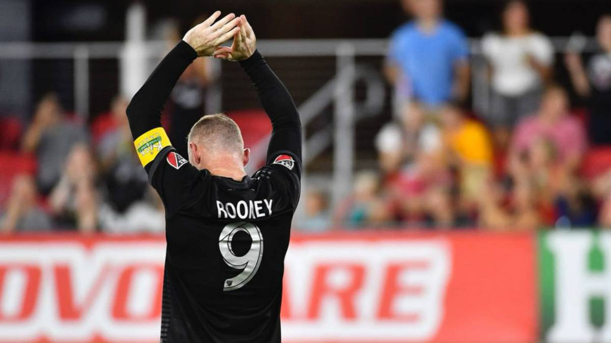 ¡Otra vez Rooney! doblete y acerca al DC United a playoffs