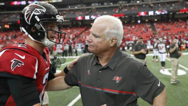 Mike Smith y Matt Ryan