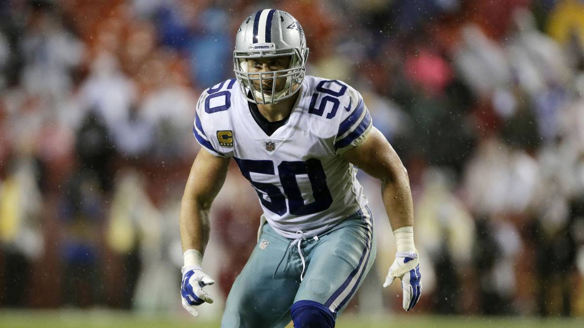 Sean Lee en partido de Cowboys