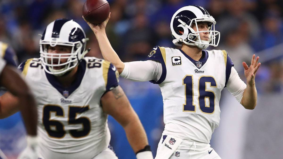 Jared Goff lanza pase contra Lions