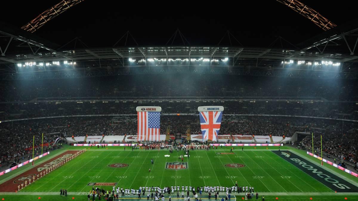 Wembley Stadium en partido de la NFL