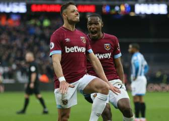 Pellegrini and Noble highlighted Chicharito's game