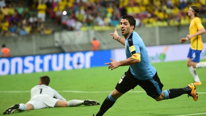 Luis Suarez uno de los mejore jugadores y delanteros de la ultima generación de la selección Uruguaya de fútbol