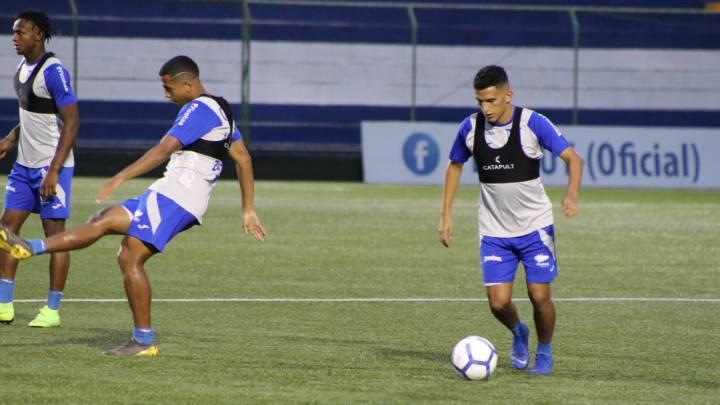 La selección de Honduras busca su boleto al Preolímpico desde el primer capítulo ante su similar de Nicaragua, al que se mide desde Managua.