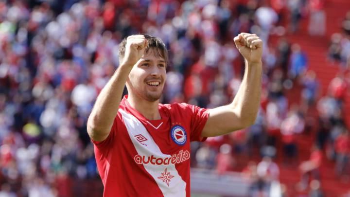 Resultado de imagen para 8.- Matko Miljevic (Argentinos)