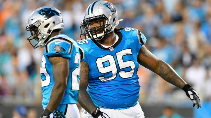 Dontari Poe con los Panthers