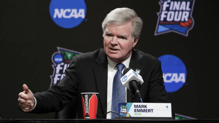 Mark Emmert, presidente de la NCAA
