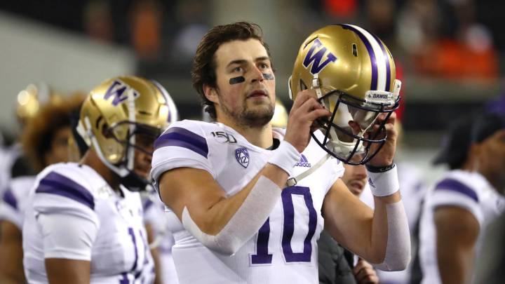 Jacob Eason con Washington