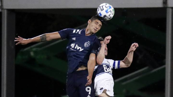 Alan Pulido y Kansas City califican a cuartos de final en el MLS is Back
